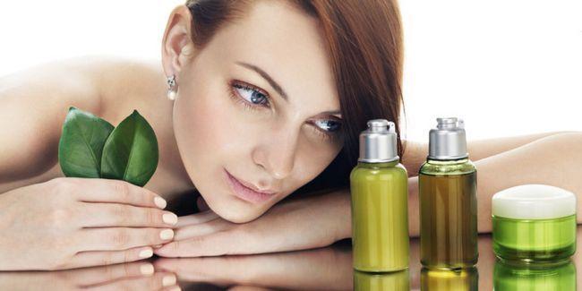 10 Косметичних масел для сухої шкіри обличчя