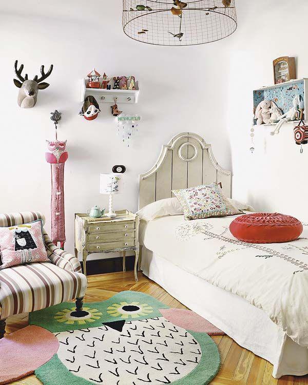 дизайн дитячої кімнати в білому кольорі