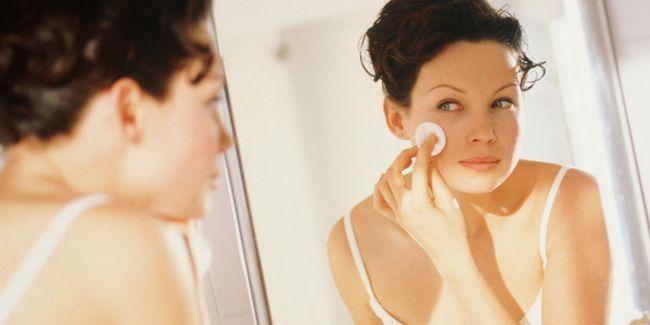 17 Рад по догляду за проблемною шкірою обличчя