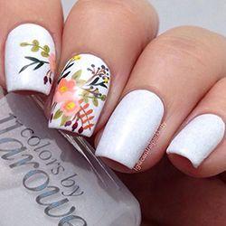 сучасний дизайн нігтів