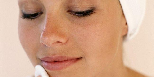 7 Способів очистити пори на обличчі в домашніх умовах