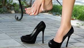 Як розносити взуття яка тисне, робимо в домашніх умовах