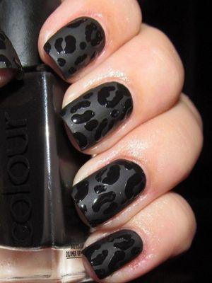 чорний леопард манікюр