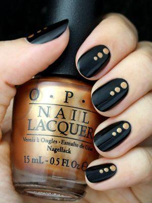 дизайн нігтів з чорним лаком