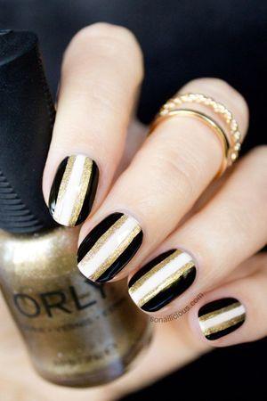 чорні нігті фото