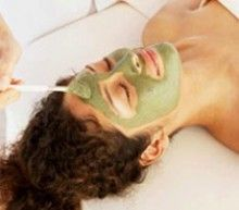 Домашні маски із зеленої глини