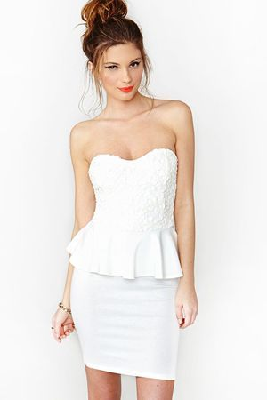 біле вечірнє плаття