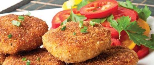 Готуємо рибні дієтичні котлети з томатним соусом, овочами і крупою