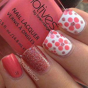 красивий дизайн коротких нігтів