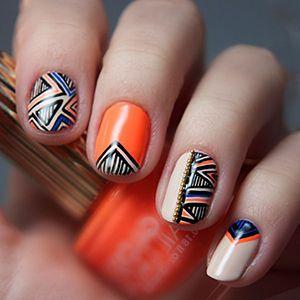 геометрічний дизайн нігтів