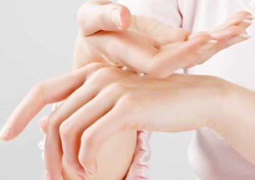Ефективні способи зміцнення нігтів