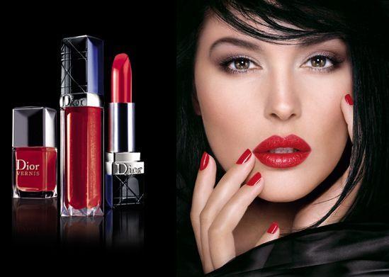 Як фарбувати губи яскравою губною помадою - секрети вибору тону і стійкості макіяжу