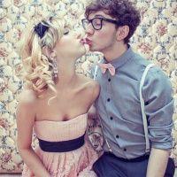 як навчити дівчину цілуватися