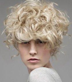 легка хімія на середні волосся