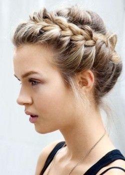 Як зробити красиву зачіску в школу своїми руками?