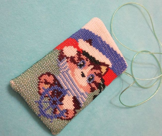 Як зв`язати чохол для телефону гачком - стильна сумочка з пряжі і бісеру