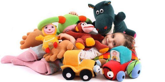 Які іграшки потрібні дітям