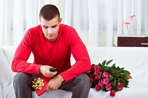 Які чоловіки на сайтах знайомств шукають своє дивне щастя