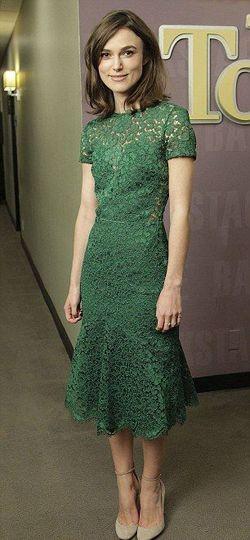 зелену сукню