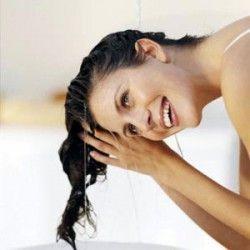 Яким повинен бути правильний домашній догляд за волоссям?
