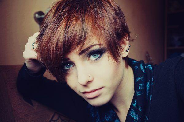 Красиві зачіски на коротке волосся