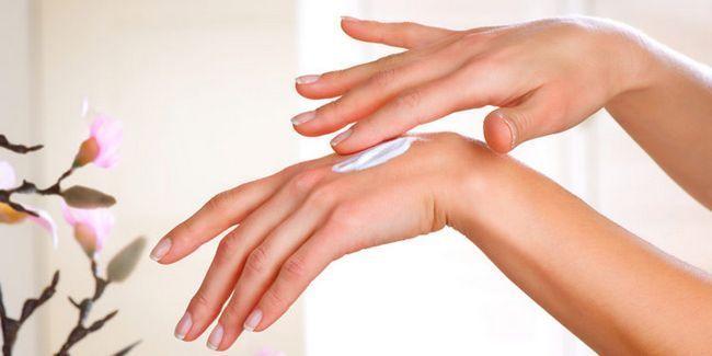 Кращі і гірші крему для рук і нігтів