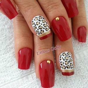 дизайн нігтів з червоним лаком