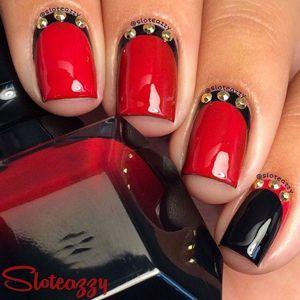 ідеї дизайну нігтів з червоним лаком