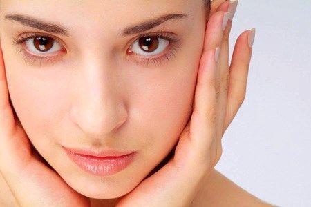 Маска для шкіри обличчя з жовтка