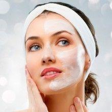 Маски для чищення обличчя в домашніх умовах