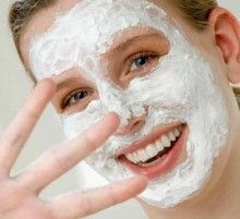 Маски для нормальної шкіри обличчя з сметани