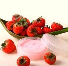Маски з полуниці для особи, корисні рецепти краси