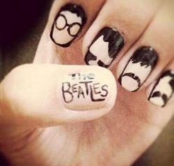 малюнки на нігтях beatles