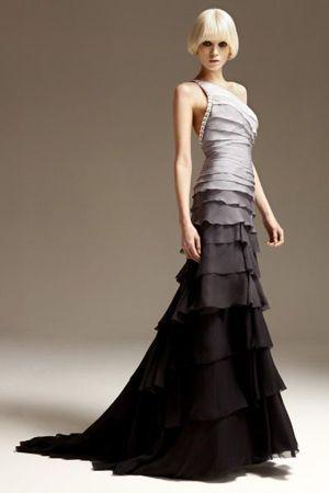 плаття від сірого до чорного