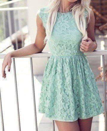 Модні сукні і сарафани - несподівані і витончені образи