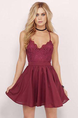 короткий вишневе плаття
