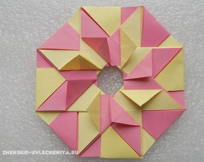 Модульне орігамі для початківців - вінок з паперу двох кольорів