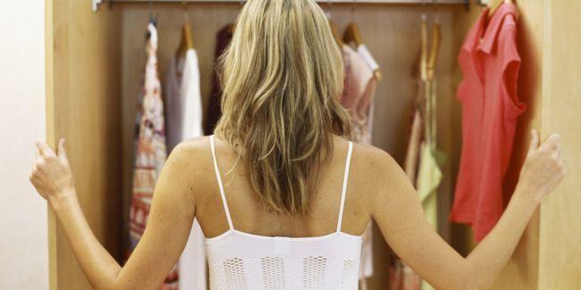 Неприємний запах в шафі: як позбутися
