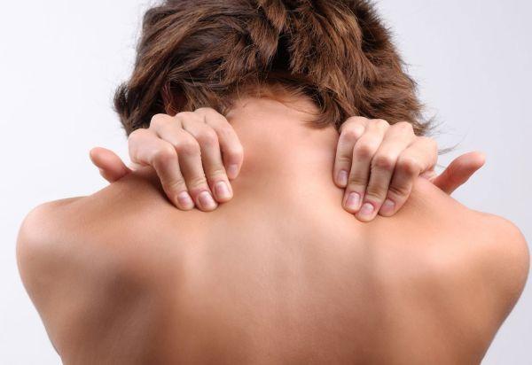 Основні причини остеохондрозу у жінок і методики лікування захворювання