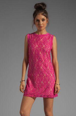 сукні з мереживом