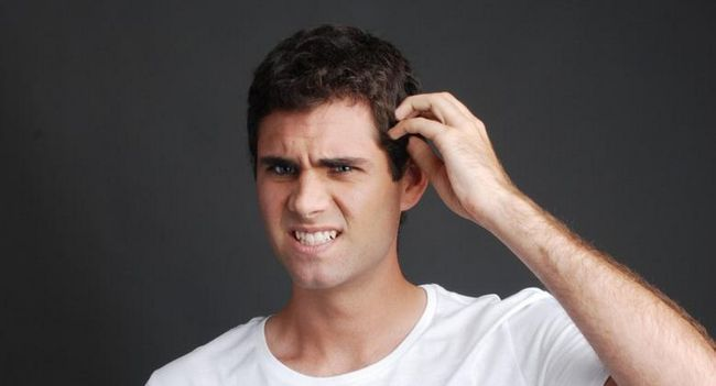 З`являється свербіж і лупа - що робити? Рекомендації для чоловіків