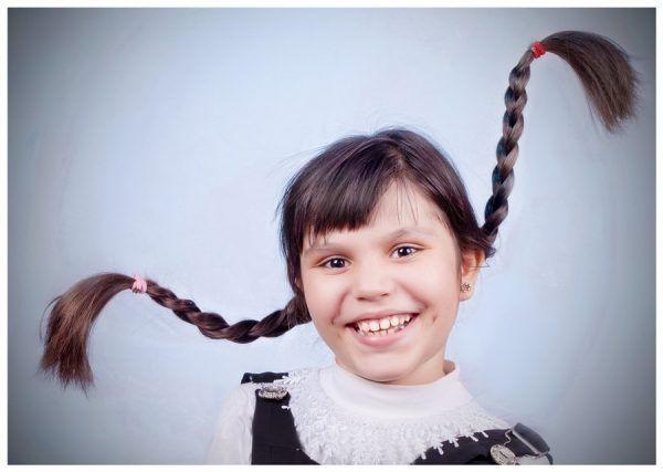 Зачіски для дівчаток в школу за 5 хвилин: легкі і красиві