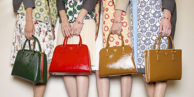 вибір кольору сумки