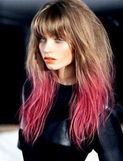 Різнобарвні кінчики волосся: красиво або по-дитячому?
