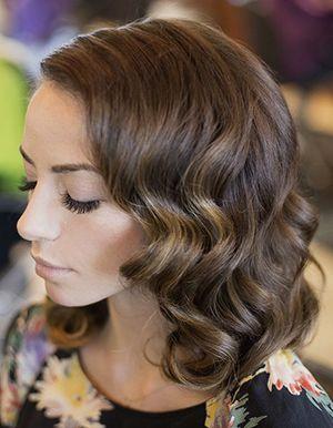 ретро зачіска хвиля