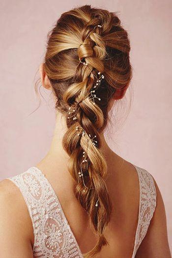 зачіска в романтичному стилі