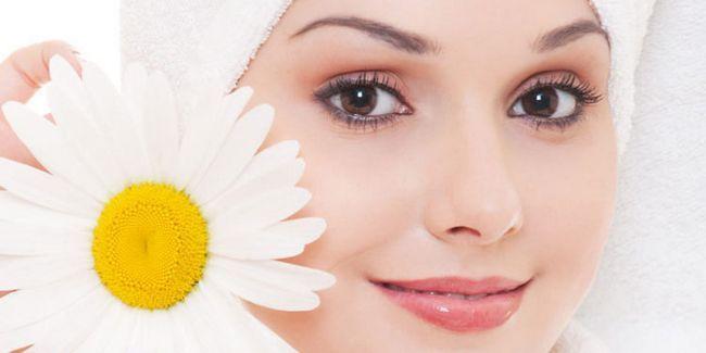 Ромашка для обличчя: 7 способів застосування