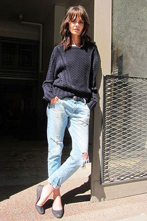 джинси бойфренди зі светром