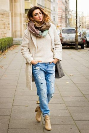 з чим носити джинси бойфренди восени
