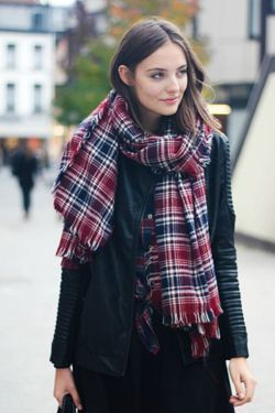 картатий шарф